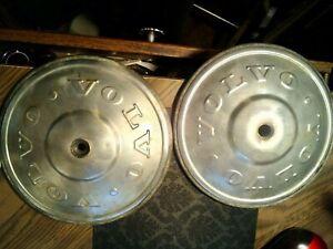 volvo 1972 hubcaps