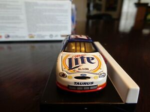 RUSTY WALLACE # 2 MILLER LITE TRUE TO TEXAS # 3 1999 FORD TAURUS ACTION 1/64