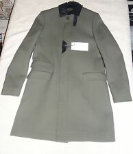 Tommy Hilfiger mens Coat 100% virgin wool  leather trim Made In Italy sz 48 new