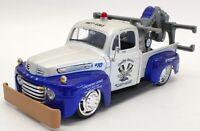 Maisto 1/25 Scale Model Truck 32992 - 1948 Ford F1 Wrecker