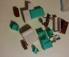 039 Lot of Doll House Furniture Vintage Beds TV Fridge Toilet Dresser 17 Pieces