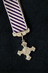 ER MINIATURE RAF ROYAL AIR FORCE DFC DISTINGUISHED FLYING CROSS GALLANTRY AWARD