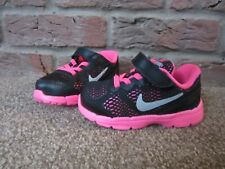 NEW UK 5.5 Toddler Girls Nike Trainers Bright Pink Black Stretch Laces Fabric