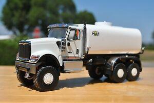 CUSTOM INTERNATIONAL HX520 6x6 4000 GALLON WATER TRUCK