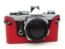 Cuir OLYMPUS OM1, 2, 3, 4 rouge avec Rouge Coutures demi-CASE-BRAND NEW