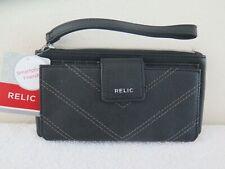 RELIC Cameron Black Bi-Fold Top-Zippered Wristlet Wallet RLS9805001