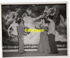 GYPSY ROSE LEE VINTAGE 8X10 PHOTO 1944 WITH ARTIST OF LARGE MURAL BELLE OF YUKON