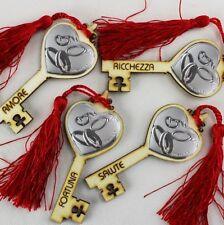DLM25322 Chiave Portafortuna in Legno per 50 Anniversario Rosso (kit 12 pezzi) b