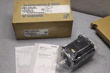 Yaskawa AC Rotary Servo Motor Short SGM7P-04A7J6C 200V 24-Bit Encoder 400W