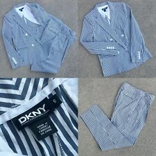 EUC SZ 6 STUNNING DKNY LIGHTWEIGHT SEERSUCKER 2-PC SUIT DOUBLE BREAST WHT GRY