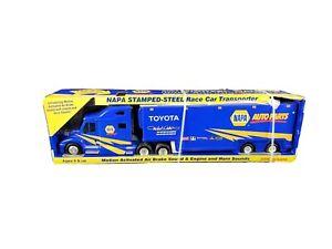 NAPA 2007 Waltrip Race Car Transporter STEEL Semi Truck 1st Gear Toy 2006 Nascar