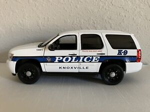 Knoxville Tennessee Police Department diecast K-9 Chevrolet Tahoe Welly