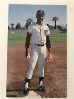 Jose Uribe San Francisco Giants Baseball Postcard 1980s