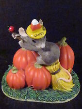 Charming Tails The Good Witch 85/704 Mouse Pumpkin Witches Broom