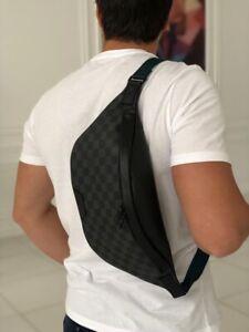 Louis Vuitton Discovery Bumbag Crossbody Bag Men Monogram NEW