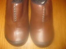 PRIVO LADIES BROWN LEATHER CLOGS SZ 6M UNIQUE WOVEN DESIGN GREAT CONDITION!