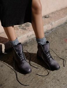 NEW FREE PEOPLE SZ 38 LACE UP LEATHER  SPARROW ANKLE COMBAT BOOTS BOOTIES GRAY
