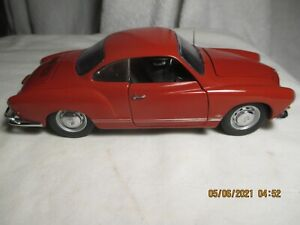AMAZING  FRANKLIN MINT 1967 VW KARMANN GHIA  1/24TH
