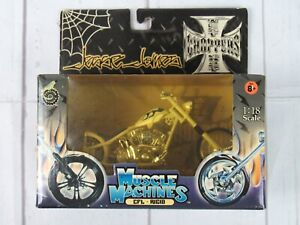 Muscle Machines Jesse James 1:18  CFL Rigid NEW 2003 White with Blue Flames NEW
