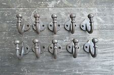 A SET OF 10 SIMPLE CAST IRON ROUND TOP SINGLE COATHOOKS HOOK HANGER COATHOOK AF3