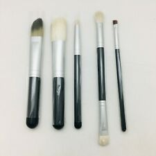 MAC  MAKE UP BRUSHES  -TRAVEL SIZE   (CHOOSE YOUR TYPE)