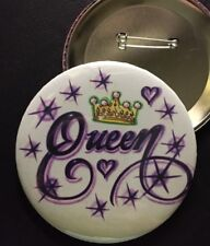 "*QUEEN with Crown* PIN-BACK *BUTTON* 3.5"" DIAMETER"