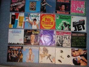 Konvolut 20 Singles: Gary Glitter, Queen, Frankie goes to ... u.a. - 60er-80er