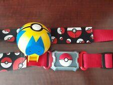 2016 Pokemon Nintendo Clip N Carry  Poke Ball Belt Tomy w/ Blue & Yellow Ball