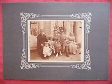 ancienne photographie de famille costumes poupée  old french photo
