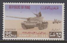 Iraq iraq 1969 ** mi.543 giorno dell'Esercito Army Day carri armati colonna serbatoi