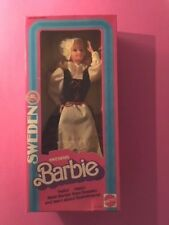 BARBIE  SWEDISH  DOLLS OF THE WORLD  FIRST EDITION NRFB 1984