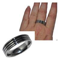Bague anneau homme en acier inoxydable argenté émail filin noir T 62 et 64 bijou