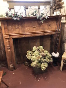 CUSTOM MADE FEDERAL REVIVAL FIREPLACE MANTLE