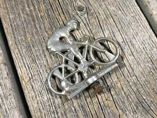 VINTAGE BIKE BICYCLE FENDER SIGN FENDER EMBLEM CASTING