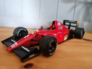 Nigel Mansell Ferrari 641/2 1990 Ferrari F1 1:18 scale by Exoto