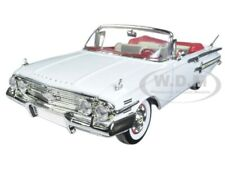1960 CHEVROLET IMPALA CONVERTIBLE WHITE 1/18 DIECAST MODEL CAR BY MOTORMAX 73110