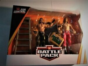 WWE Fan Central Battle Pack Seth Rollins vs Edge Action Figures Brand New in Box
