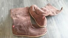 LEVI'S BROWN SUEDE BOOTS SIZE 7 UNISEX BOOTS