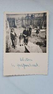 Foto Zigeuner Zivilisten Frauen Mädchen Jungen Kinder Wehrmacht Ostfeldzug 1941