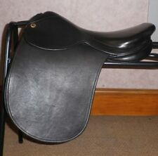 """Cliff Barnsby Black Leather Hide Covered Show Saddle 17"""" Seat - Wide Fitting"""