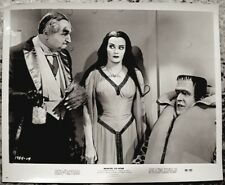The Munsters Yvonne De Carlo Fred Gwynne Lewis Press Photo 1966 Munster Go Home