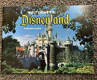 Disney Souvenir Guidebook Full Color 32 pages Disneyland 1978