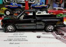 Motor Max  1:24 scale  GMC Sierra GT pickup