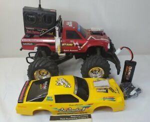 Radio Shack RC Monster Truck Rock Runner Car Crusher 2 w/box New Battery TESTED