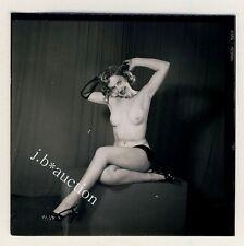 Nude model at Studio/photoshoppare modello nudo * 60s Seufert contact Print #9