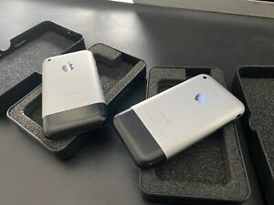 Apple iPhone 2G 1st First Generation 4GB Pair Of Handsets Sisters Rare Collector