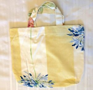 New Handmade Reusable Fabric Cloth SMALL TOTE BAG: Gift, Book, Lunch BLUE FLOWER