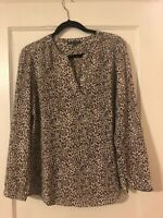 Adrianna Papell Women's Size L Blouse Leopard Long Sleeve Button Cuff VNeck