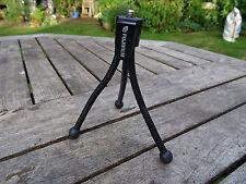 Trípode de Cámara Fujifilm Pequeño Negro flexible se adapta Finepix XP150 & Real 3D W3 Etc