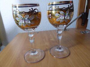 Bohemiaglas Weingläser 15 cm hoch guter Zustand mit Gold und Blumen